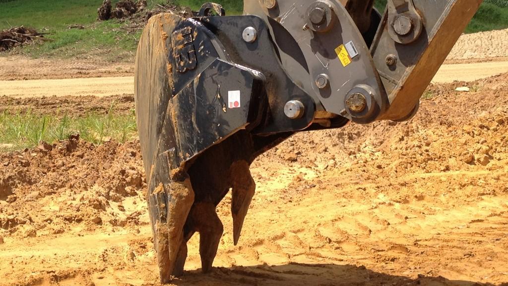 The Werk-Brau V-Line Strata attached to an excavator