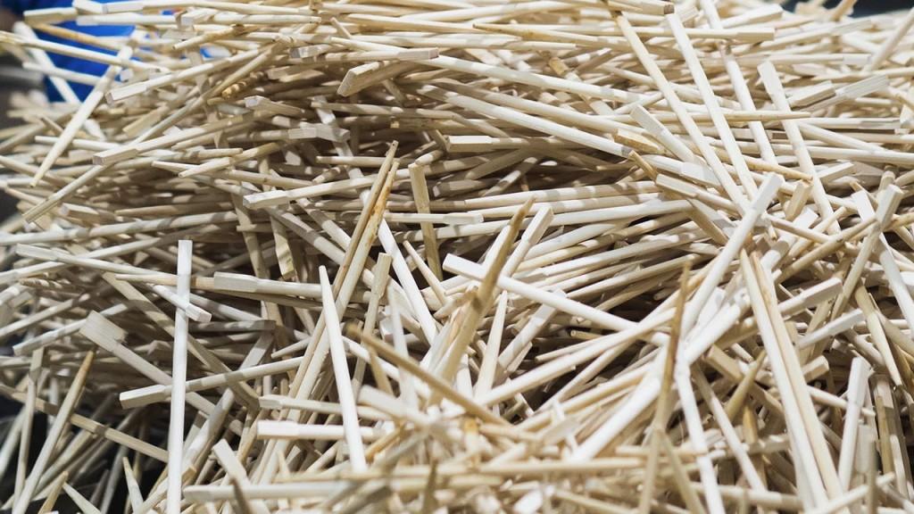 A pile of used chopsticks