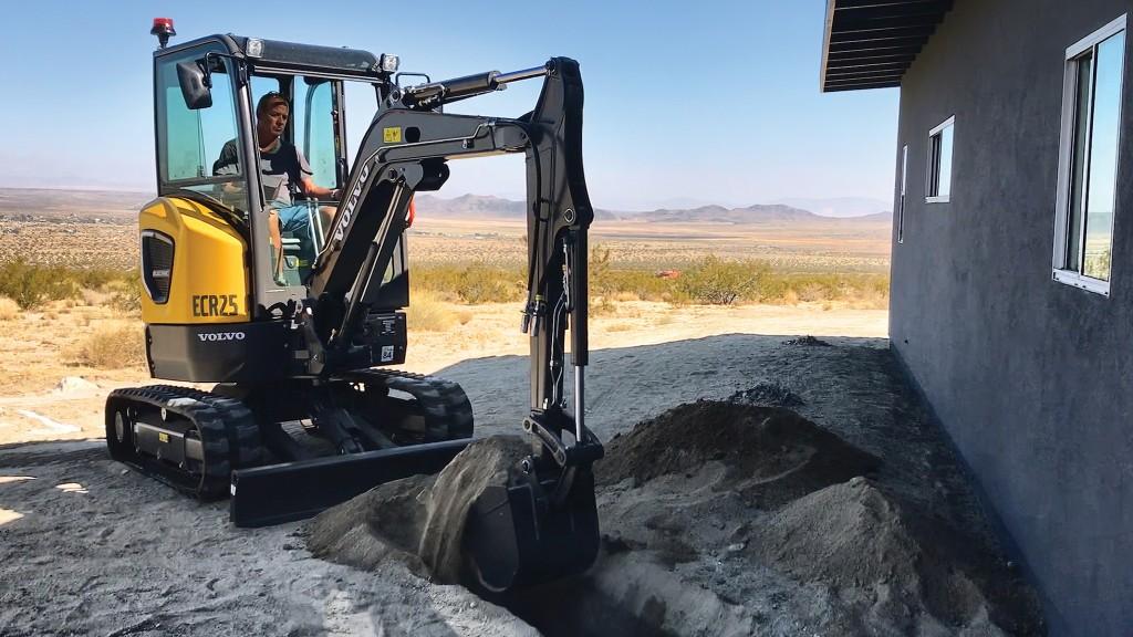 Volvo ECR25 mini excavator