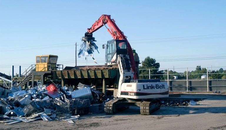 Link-Belt Construction Equipment Company - 240 X2 Material Handlers