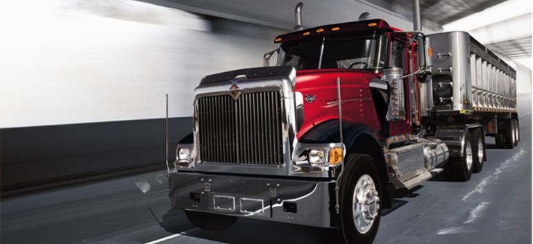 Navistar International - 9900i Highway Trucks