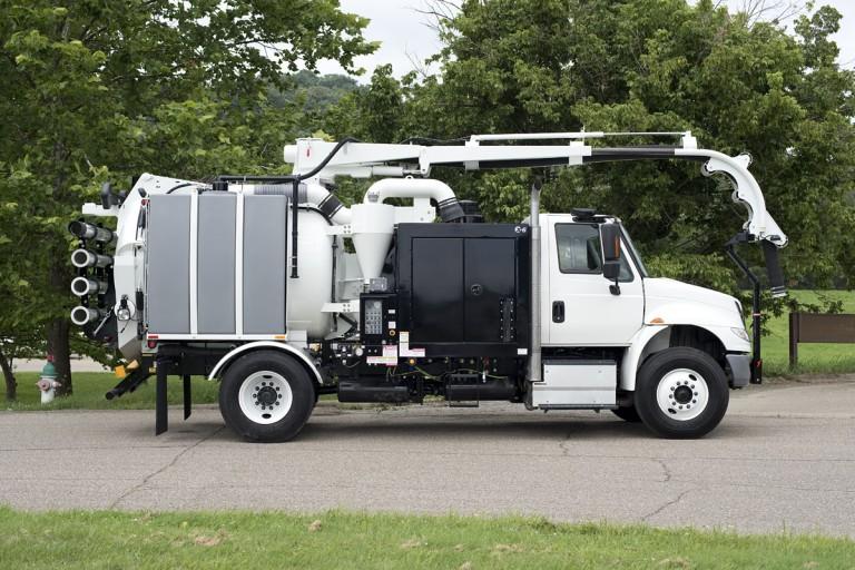 Hi-Vac Corporation - X-6 Hydro Excavators