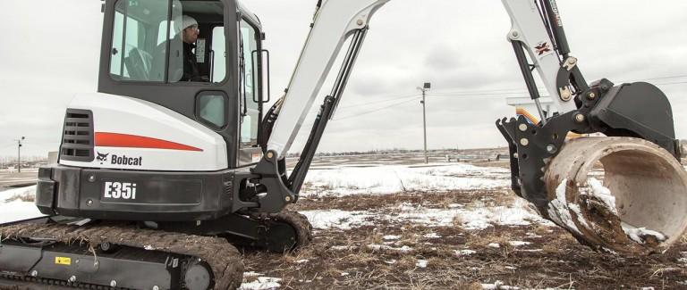 E35i Excavators