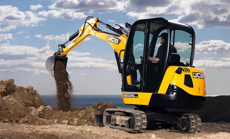 8029 CTS Excavators