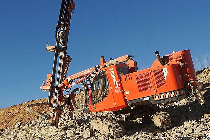 Ranger DX800 - Sandvik - Heavy Equipment Guide
