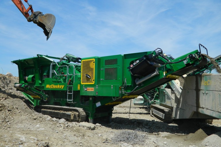 McCloskey International - I44 Track Mounted Impact Crushers