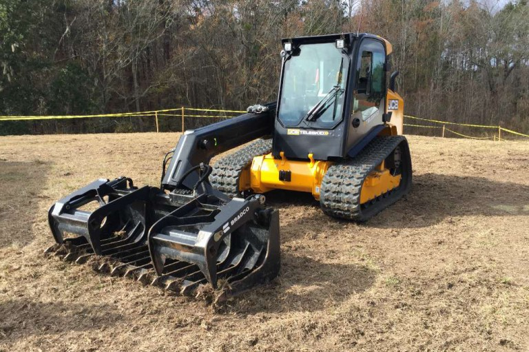 3TS-8T Teleskid Compact Track Loaders