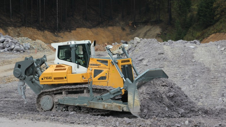 Liebherr introduces PR 766 50 tonne dozer