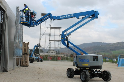 Z-45 XC Articulated Boom Lifts