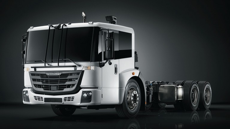 Freightliner unveils EconicSD low-entry COE waste collection truck at WasteExpo
