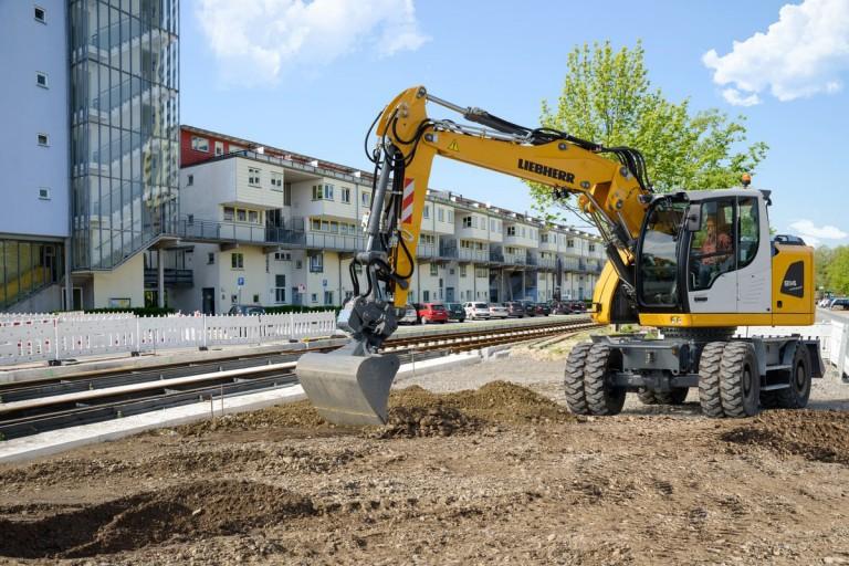 Liebherr - A 914 Litronic Wheeled Excavators