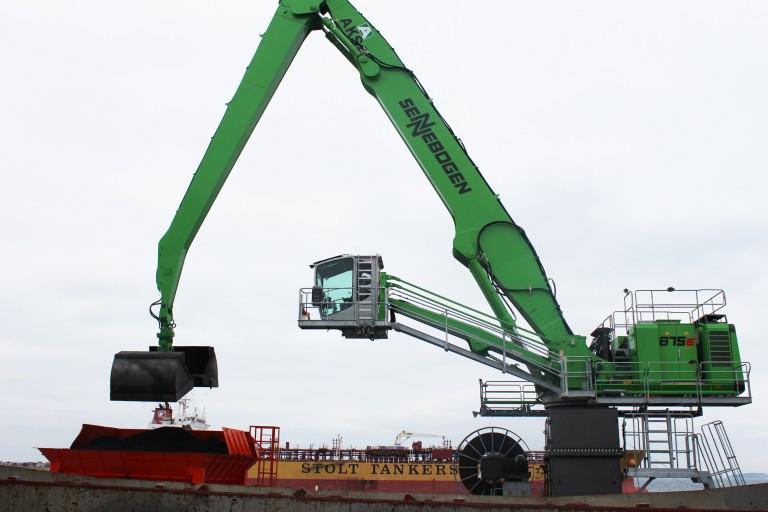 875 M E-Series Material Handlers