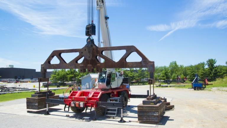 Full-power boom a highlight of new Link-Belt 100RT rough-terrain crane