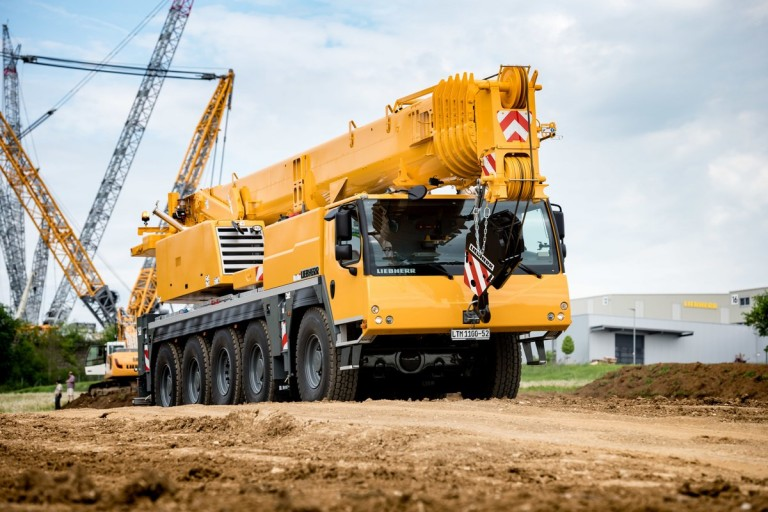 LTM 1100-5 2 - Liebherr - Heavy Equipment Guide