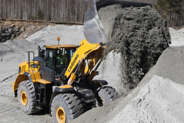 877H Wheel Loaders
