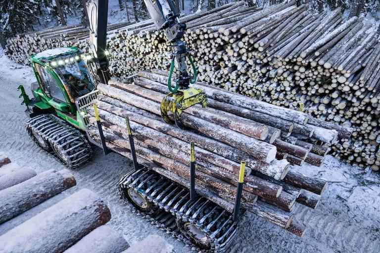 John Deere Construction & Forestry - 1010G Forestry Forwarders