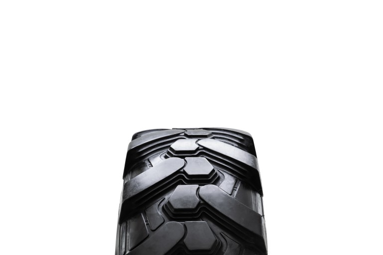 BHL 732 Tires