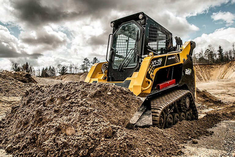 VT-70 High Output Compact Track Loaders