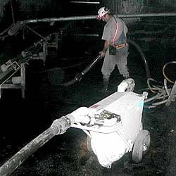 SV60 and one operator can cleanup large conveyor spills.