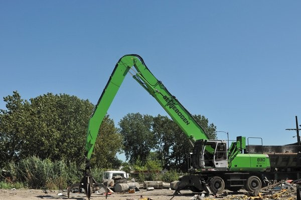 Sennebogen material handlers are a key element in Brookfield's growth strategy
