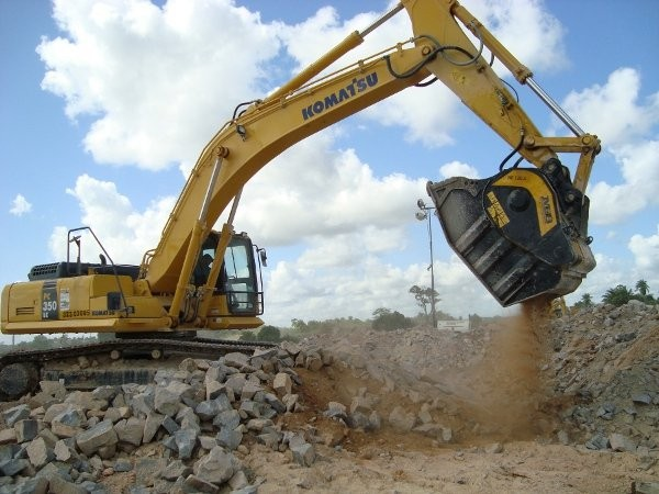 MB crusher buckets key to projects ahead of the 2014 World Cup of soccer