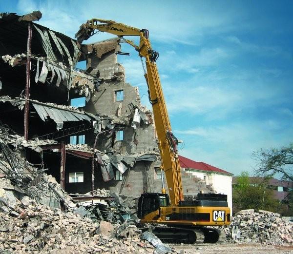 Cat-Jewell alliance produces ultra-high- demolition excavators