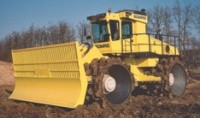 Refuse compactor handles workloads of large-capacity landfills