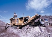 C10+ tracked jaw crusher goes compact