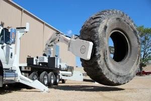 Stellar Industries Introduces Largest Truck-Mounted OTR Tire Manipulator