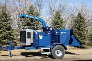 DuraTech Industries debuts 15-inch tree chipper