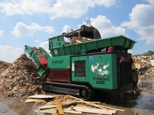 Primary shredder changes material capability with the push of a button