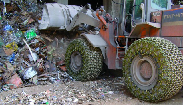 Tire Protection Chains Can Extend Working Life of Tires by As Much As 10 Times