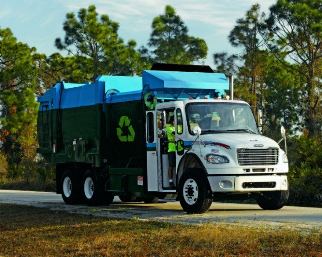 New Options Now Available for Freightliner Medium Duty Trucks
