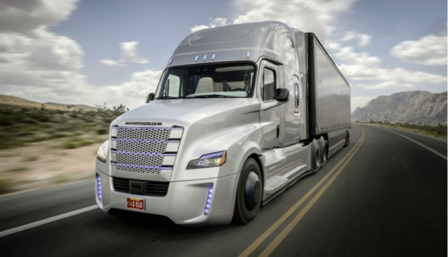 Freightliner Inspiration Truck Unveiled at Hoover Dam