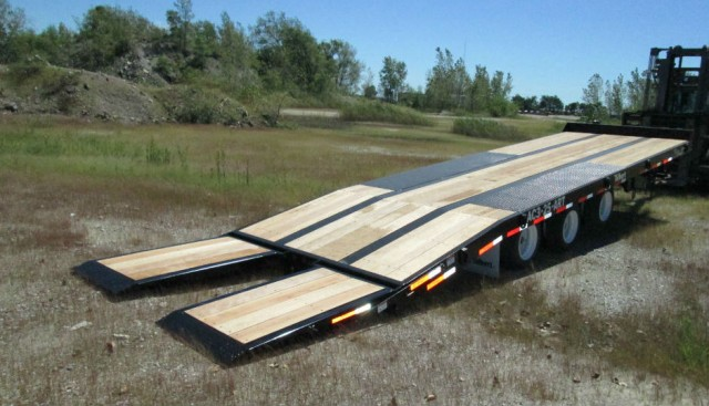Talbert Manufacturing's AC3-25-ART, the newest Air Ramp/Air Tilt Series trailer model, features an ultra-low load angle of 7 degrees with a 33-inch deck height for optimal view of the equipment and surroundings while hauling.