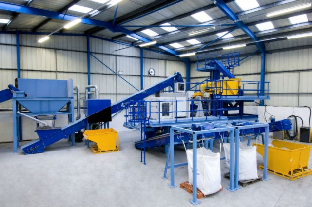 Machinex & Krysteline can offer a full range of glass clean-up systems specifically designed for MRFs.