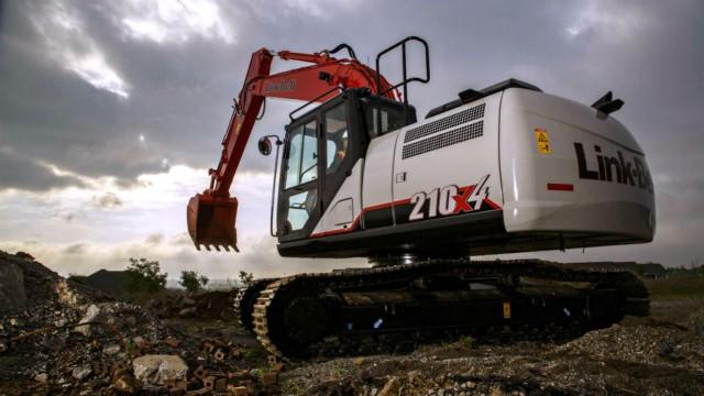 Link-Belt 210 X4 excavator.