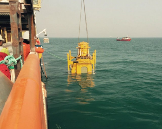 """By using the new """"constellation"""" approach to pipeline repair, a live subsea pipeline in the Java Sea, Indonesia, was repaired on time for much less money."""