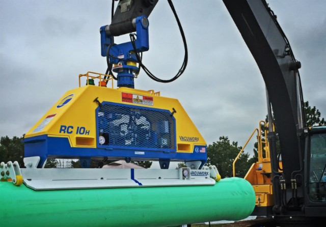 RC series hydraulic vacuum lifting systems are designed to handle materials from 22,000 to 44,000 lb.
