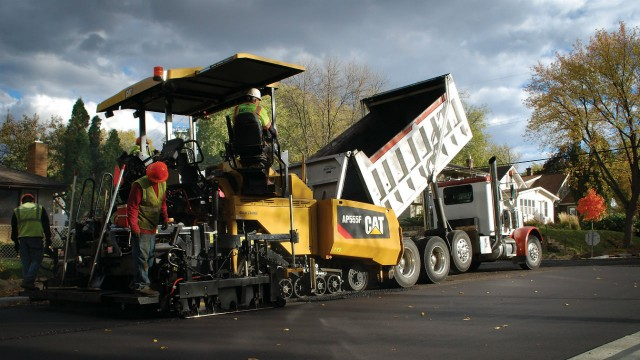 The AP500F and AP555F pavers use the Cat C4.4 ACERT engine.