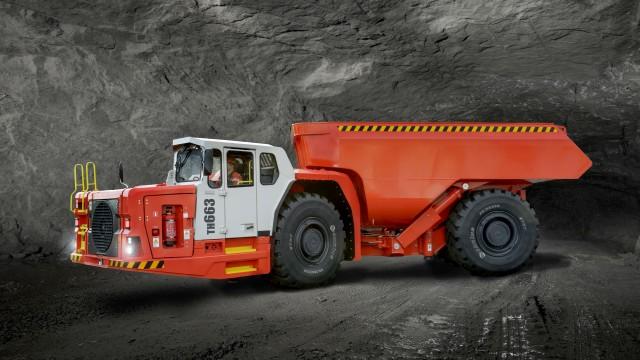 Sandvik's new TH663 underground truck, incorporated the 16-liter TAD1643VE-B Volvo Penta engine.