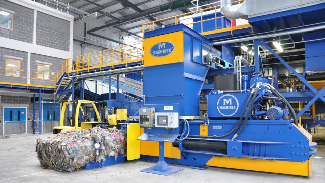 Machinex II-Ram Balers are designed to meet the multi-purpose needs of recyclers.