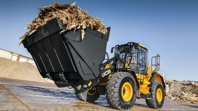 JCB's 417, 427 and 437 wheel loaders have been upgraded with features found on the company's range-topping 457 wheel loader model.