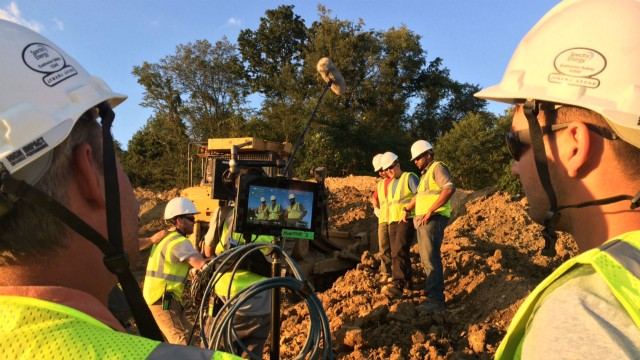 Caterpillar Safety Services went onsite with pipeline partner companies to conduct interviews and film scenarios that would provide familiar scenes to employees.