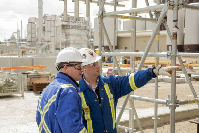 Review of module interface at the Shell Quest Carbon Capture and Storage facility at the Scotford Upgrader.