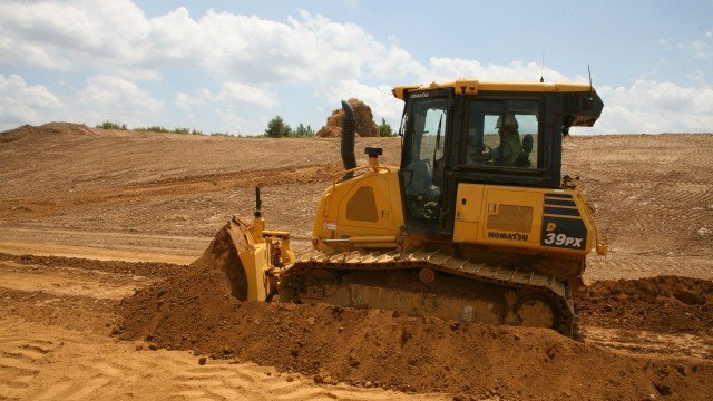 The D39EX/PX-24, whether rented, leased or purchased, is covered by the Komatsu CARE program for the first three years or 2,000 hours, whichever comes first.