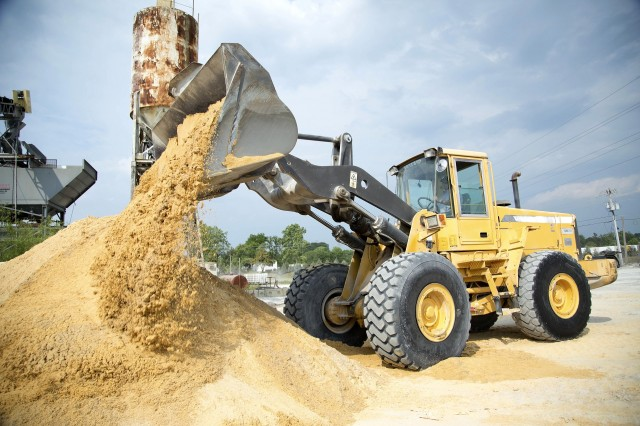 Concrete Plant Loader : Family owned bradley concrete and lambcon ready mix use a