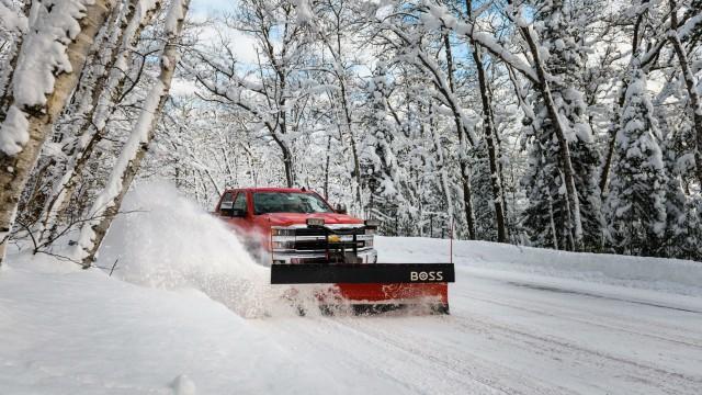 BOSS 9 heavy-duty plow