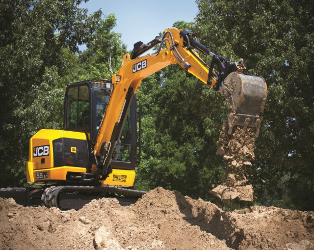 The 5,366-kg JCB 55Z-1 features a 48-hp JCB by Kohler engine.