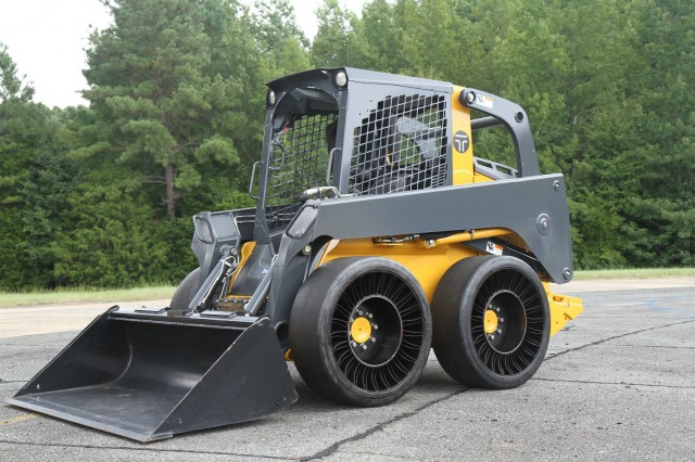 MICHELIN X TWEEL SSL Hard Surface on skid steer. The TWEEL SSL Hard Surface is designed for operators who are involved with construction, transfer stations, waste handling, pavement maintenance or material handling and benefit from a hard surface version of an airless radial skid steer tire.